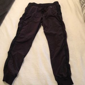 Maroon tight knit jogger pants